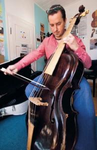 1248456_jan-krigovsky-muzikant-hudba-kontrabas-kontrabasista