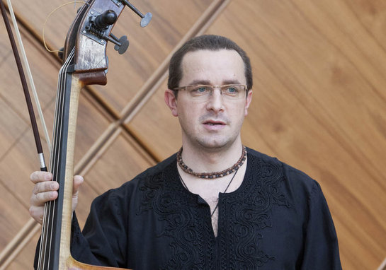 1263050_kontrabas-kontrabasista-basa-basista-koncert-hudba